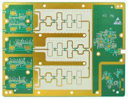 Laminaty mikrofalowe do płytek układów drukowanych